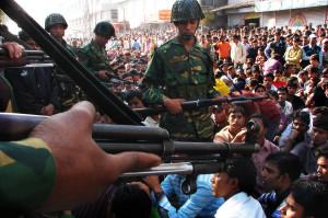 Bedrohte Arbeiter in Bangladesh, 2008,  © Taslima Akhter